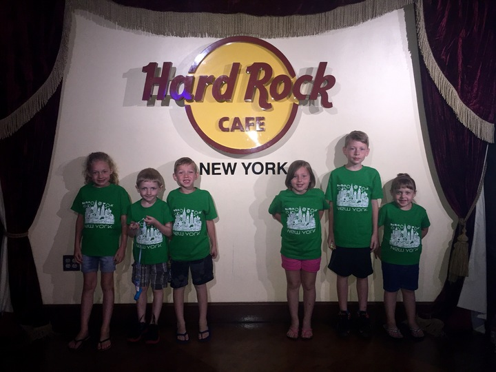 Hard Rock T-Shirt Photo