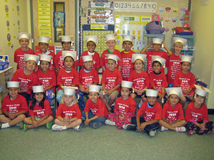 Kindergarten Graduates T-Shirt Photo