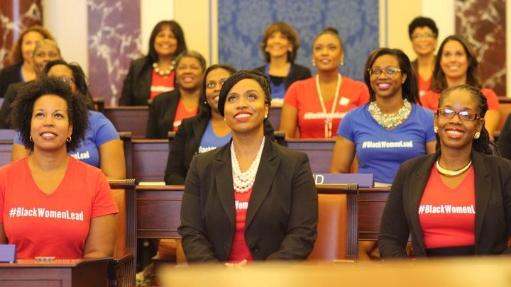 #Black Women Lead T-Shirt Photo