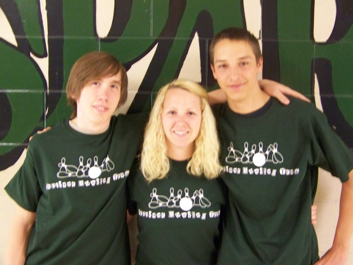 Bowling Team T-Shirt Photo