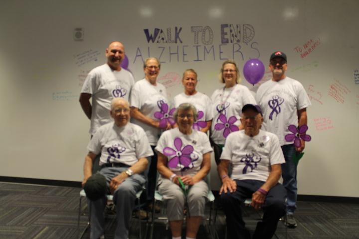 Walk To End Alzheimer's 2016 T-Shirt Photo