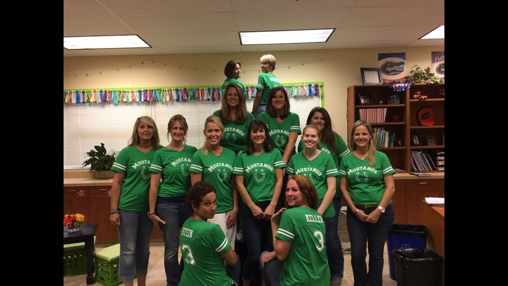 Meadowlane Intermediate Third Grade Rockstars T-Shirt Photo