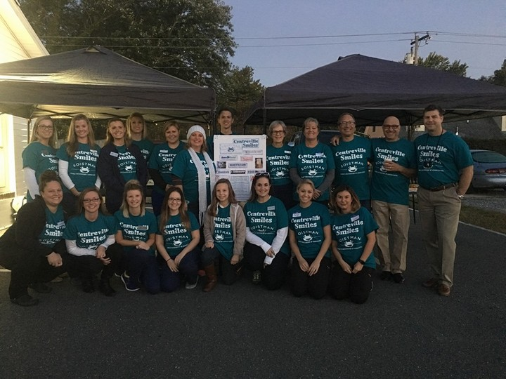 Soistman Family Dentistry   Centreville Smiles 2016   Dental Outreach Day! T-Shirt Photo