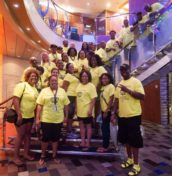 Hgb Family And Friends 2016 Cruise T-Shirt Photo