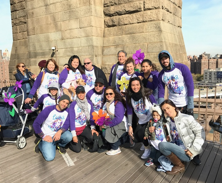 Walk To End Alzheimer's! T-Shirt Photo