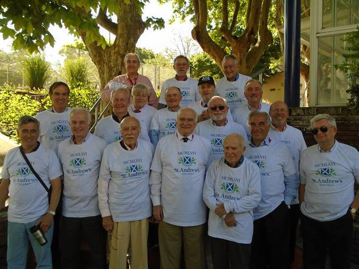 St Andrews Scots School 1966 Graduates 1st 50 Years T-Shirt Photo