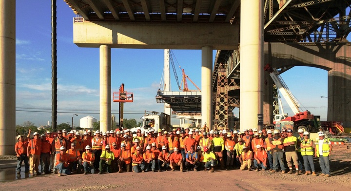 Kosciuszko Bridge Project Team Making History  T-Shirt Photo