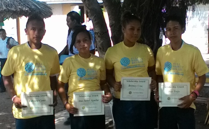 Full Basket Belize Scholarship Winners, Sarteneja, Belize T-Shirt Photo