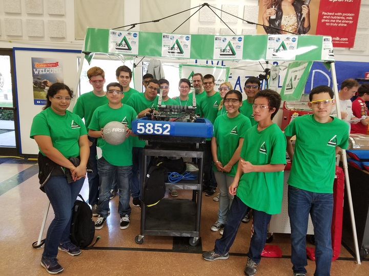 Frc Team 5852 Illusion Robotics T-Shirt Photo