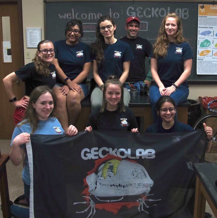 Welcome To The Geckolab T-Shirt Photo