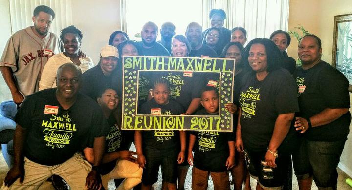 Smith/Maxwell Reunion T-Shirt Photo