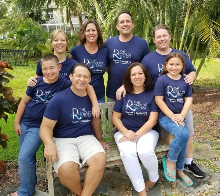 Team Family Photo T-Shirt Photo