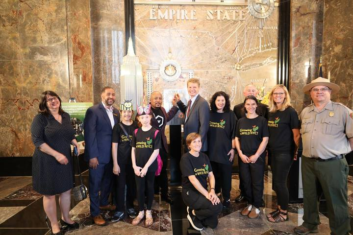 Nwf And Daymond John Light Up The Empire State Building For Pollinators T-Shirt Photo