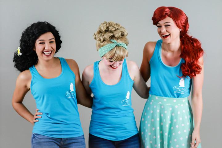 Casual Princesses T-Shirt Photo