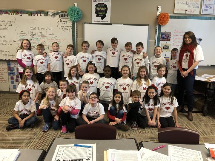 Mrs. Scott's 3rd Grade Class, Jwe T-Shirt Photo