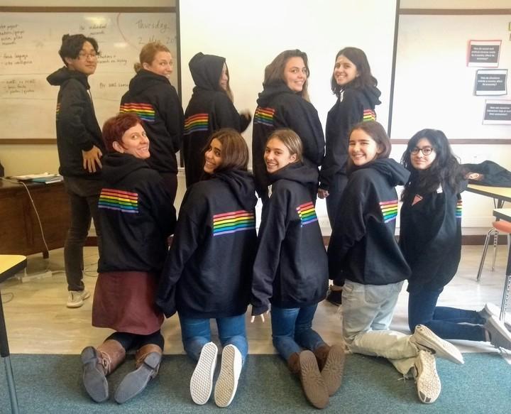 Asociación Escuelas Lincoln's Hs Gsa Shows Off Their New Gear! T-Shirt Photo