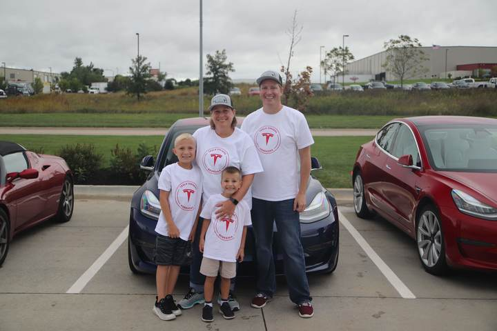 The Family That Teslas Together, Stays Together  T-Shirt Photo