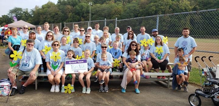 Pat's Pals, Walk To End Alzheimers T-Shirt Photo