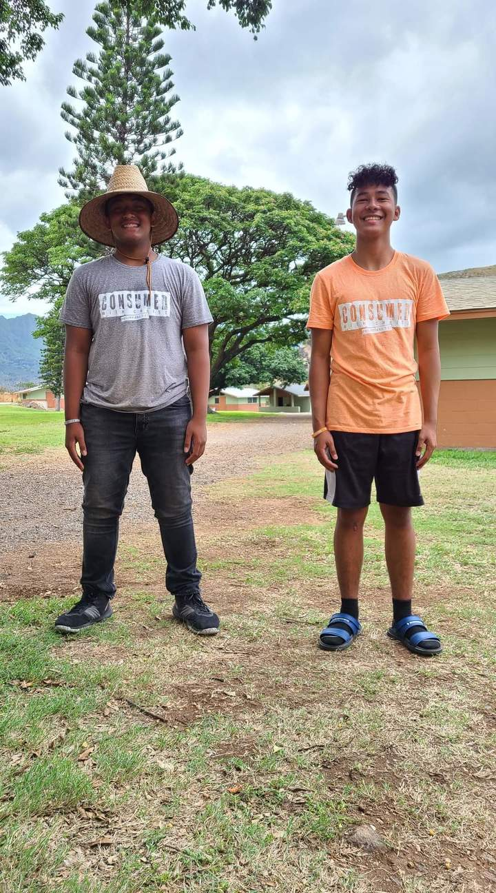 Gray And Orange Teams  T-Shirt Photo