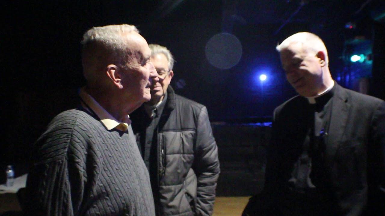 Father Larry Richards & Coach Gerry Faust Backstage, 2018 Cincinnati Men's Conference