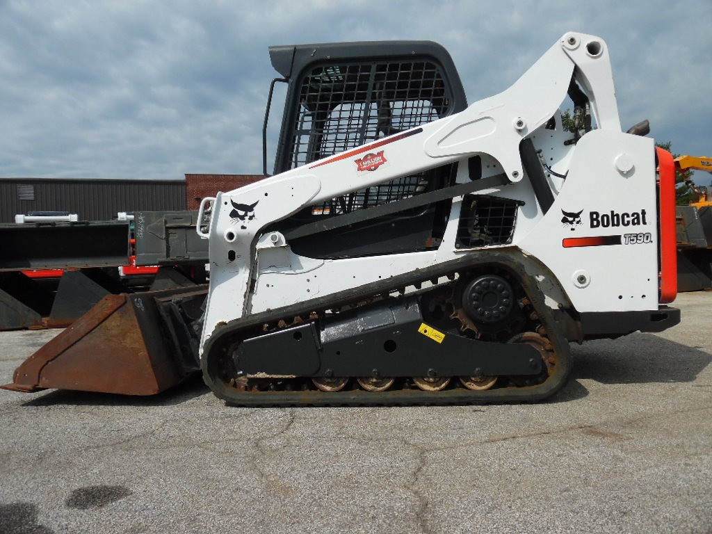 Used 2014 Bobcat T590 in Yorkville, IL