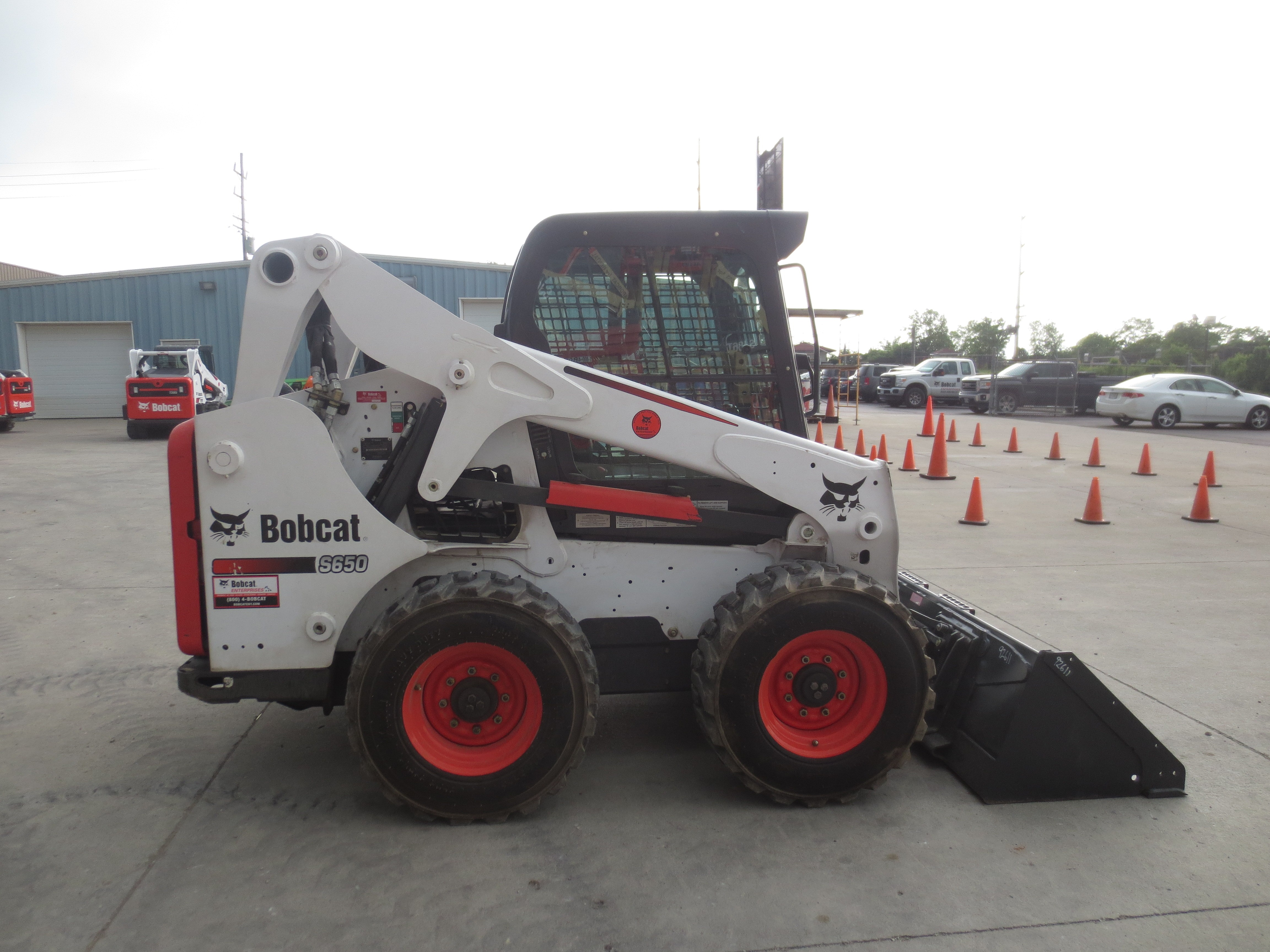 Used 2016 Bobcat S650 in Hamilton, OH