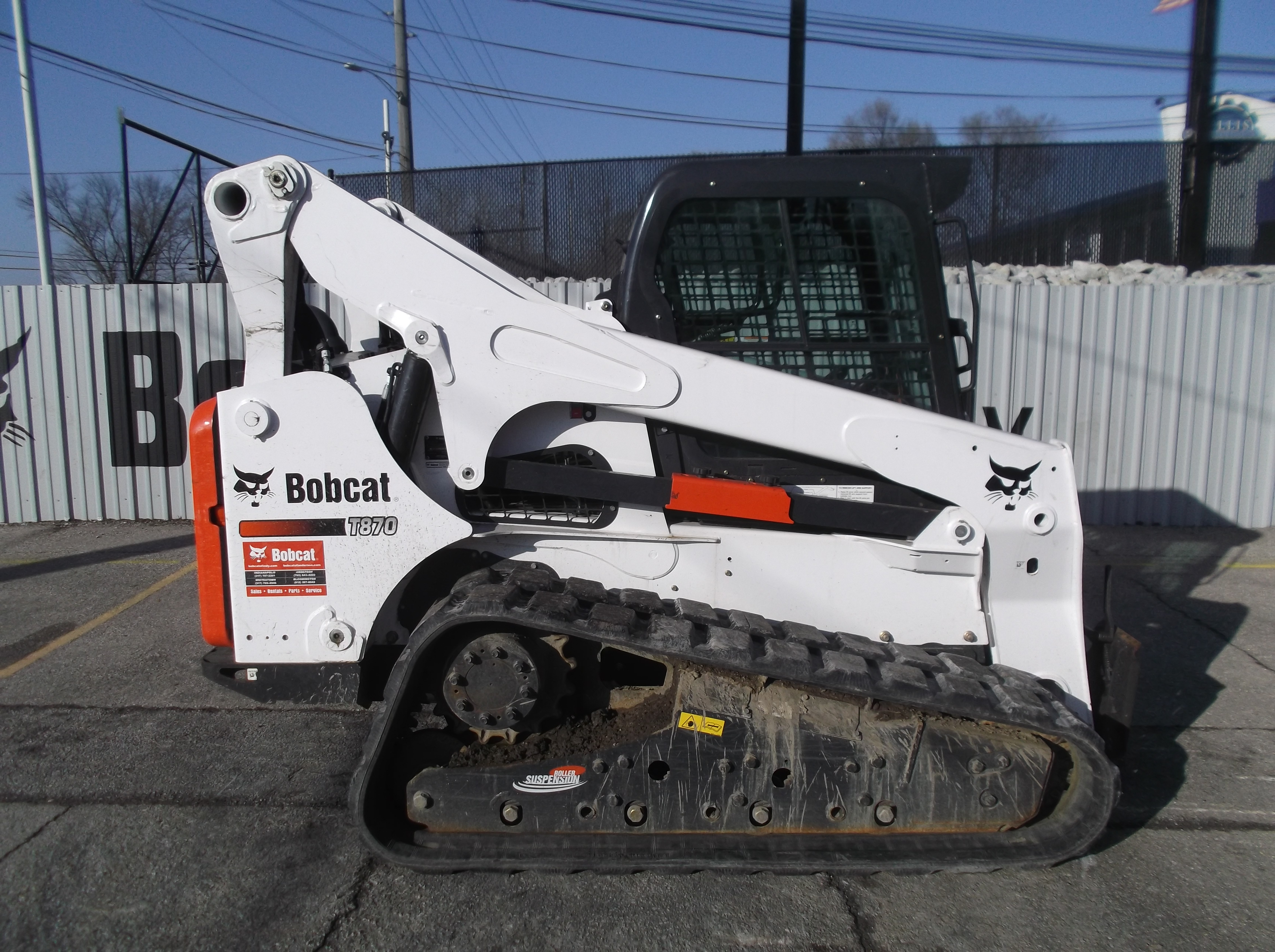 Used 2016 Bobcat T870 in Indianapolis, IN