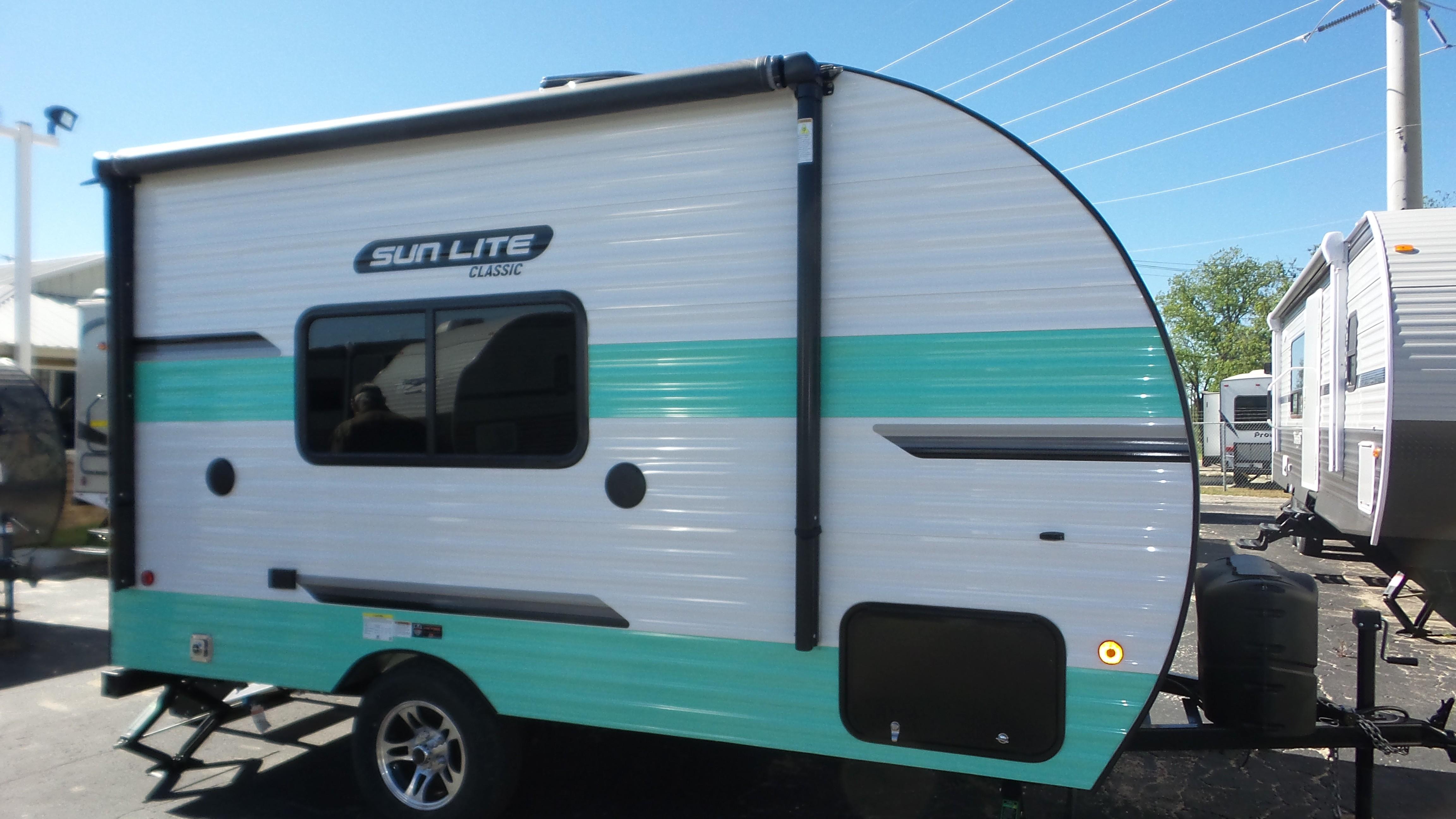 New 2020 Sunset Park RV Sun Lite Classic 16BH in Brownwood, TX