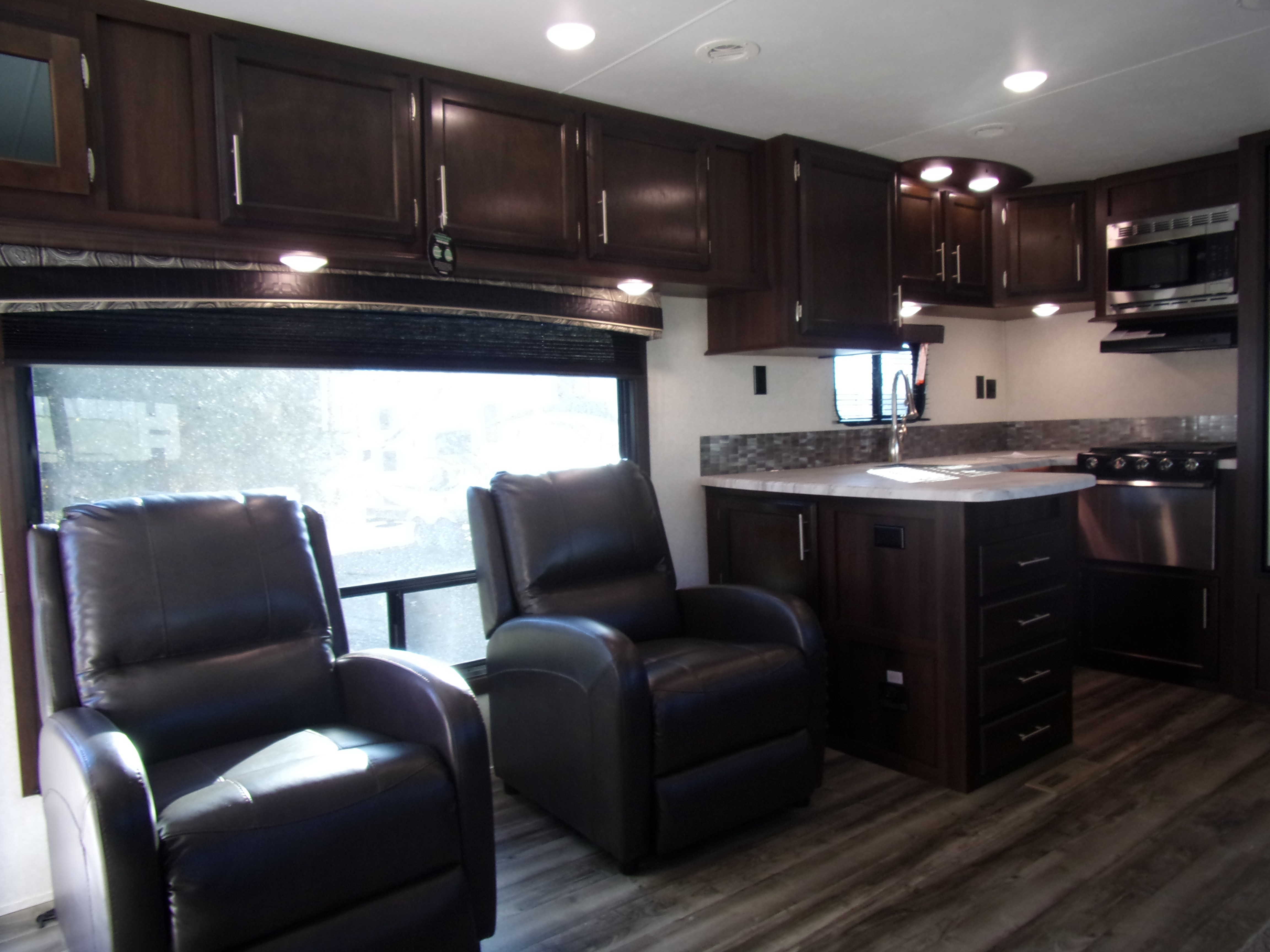 New 2019 Jayco Jay Flight 29RKS in Paris, TX