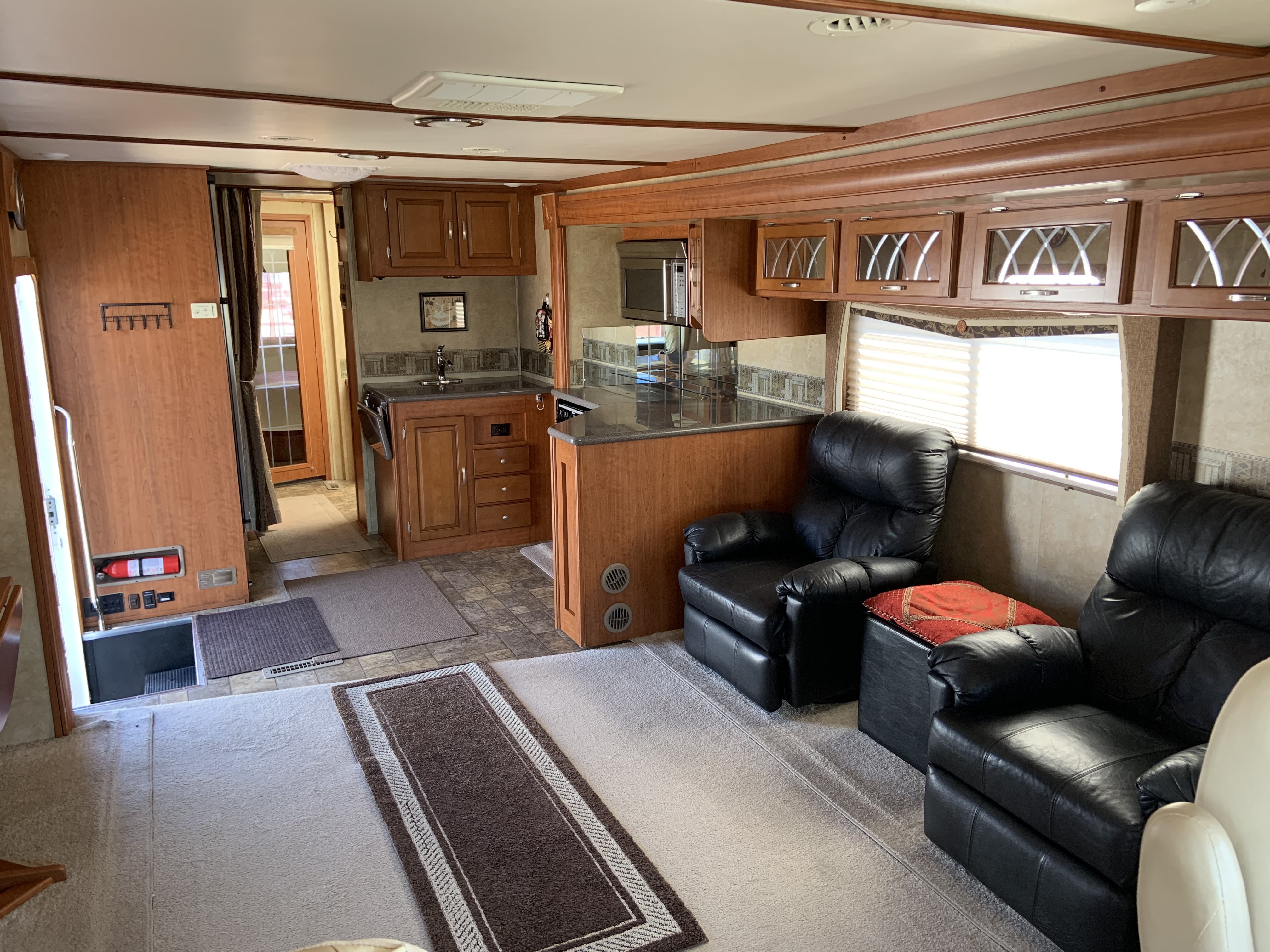 Used 2011 Forest River Georgetown 378TS in Mesa, AZ