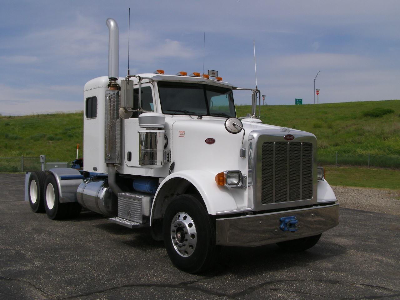 New Commercial Trucks From Neville, Merritt & Holcomb In KS