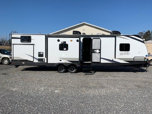 2019 Forest River Surveyor Legend 323bhle