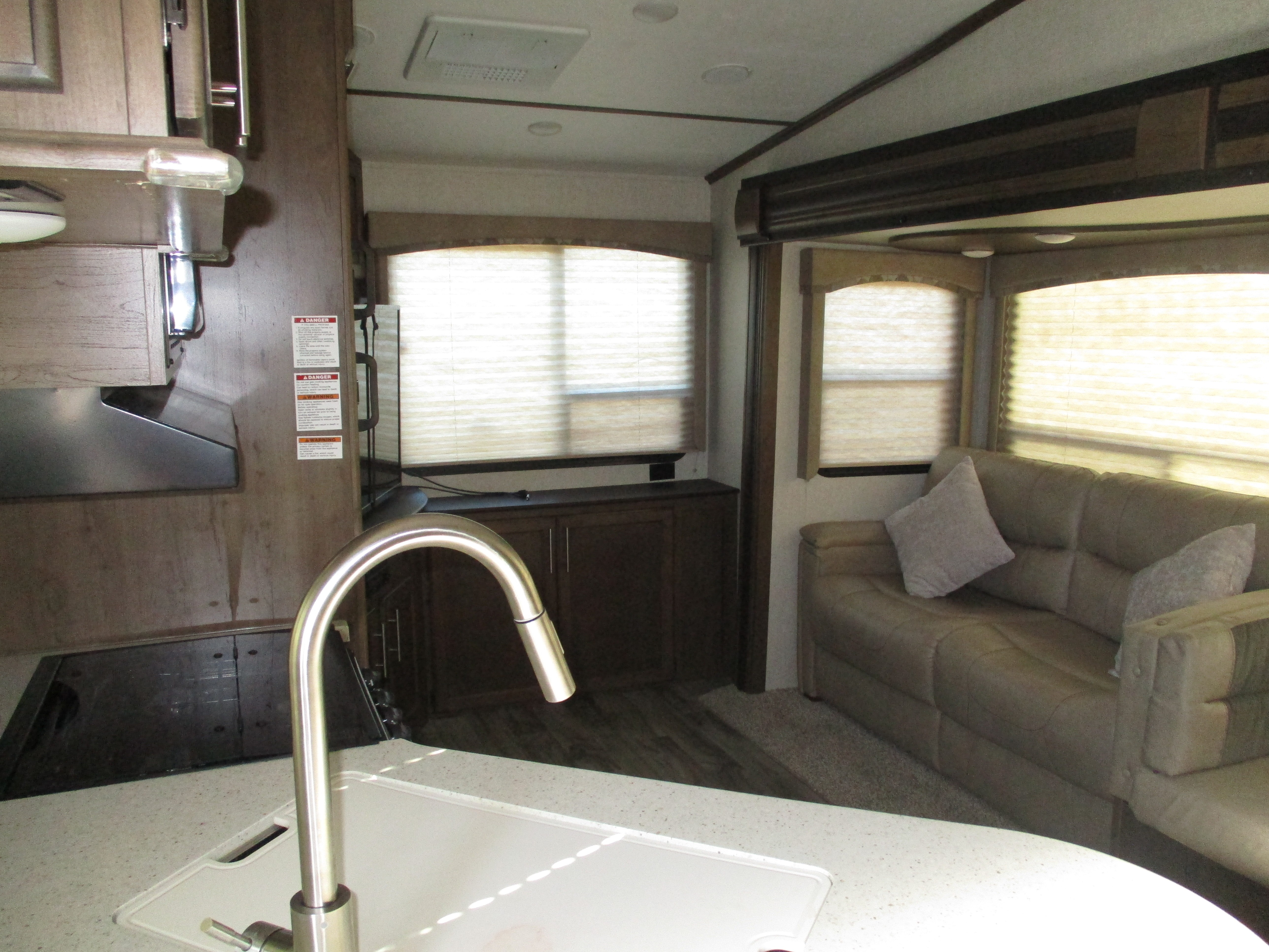 Used 2018 Keystone Cougar Half Ton East 25res In Georgetown Tx Stove Wiring Diagram Click Here For Larger Image