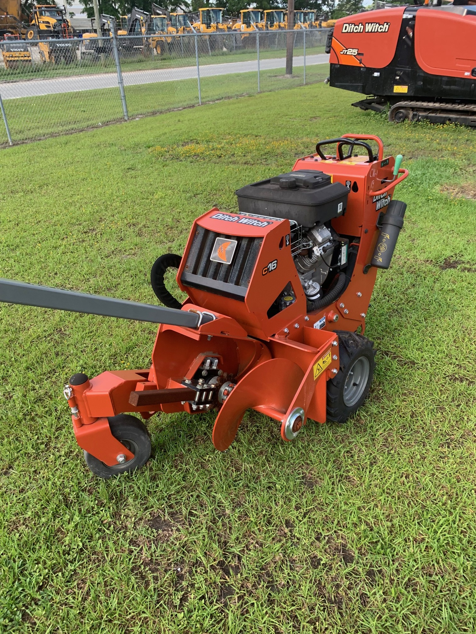 Used, 2016, Ditch Witch, C16, Trenchers