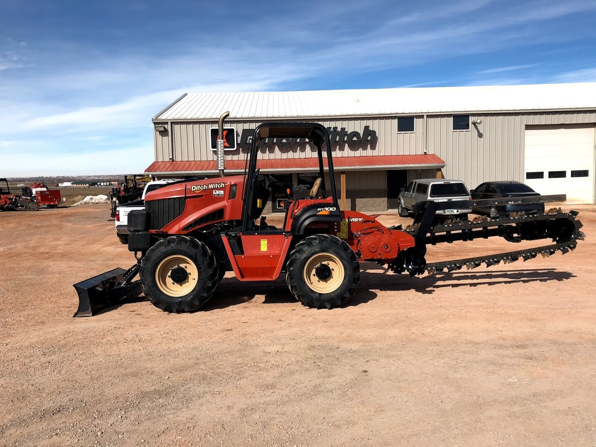 Used, 2015, Ditch Witch, RT100, Trenchers