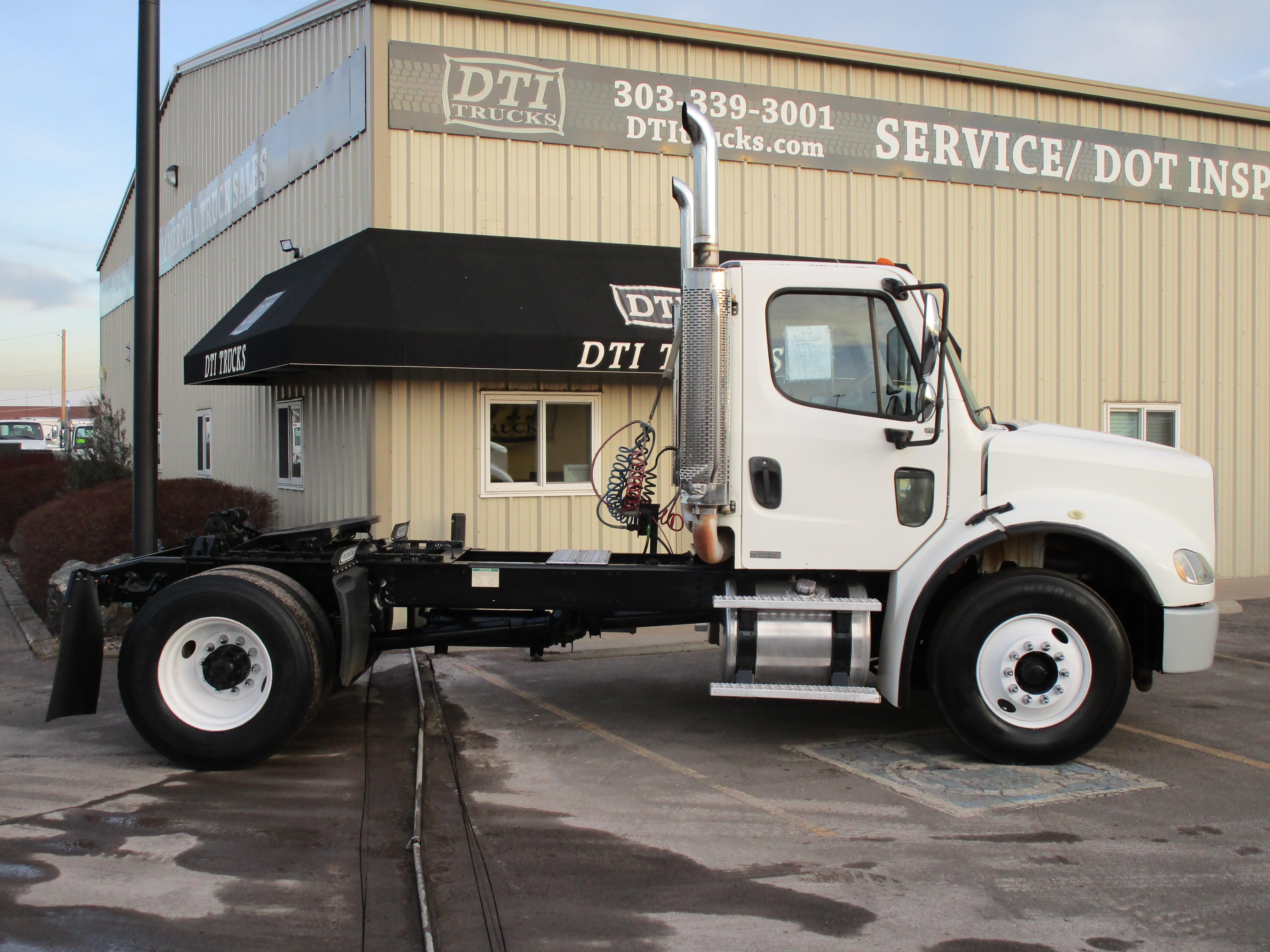 Used 2006 Freightliner M2-106 in Denver, CO