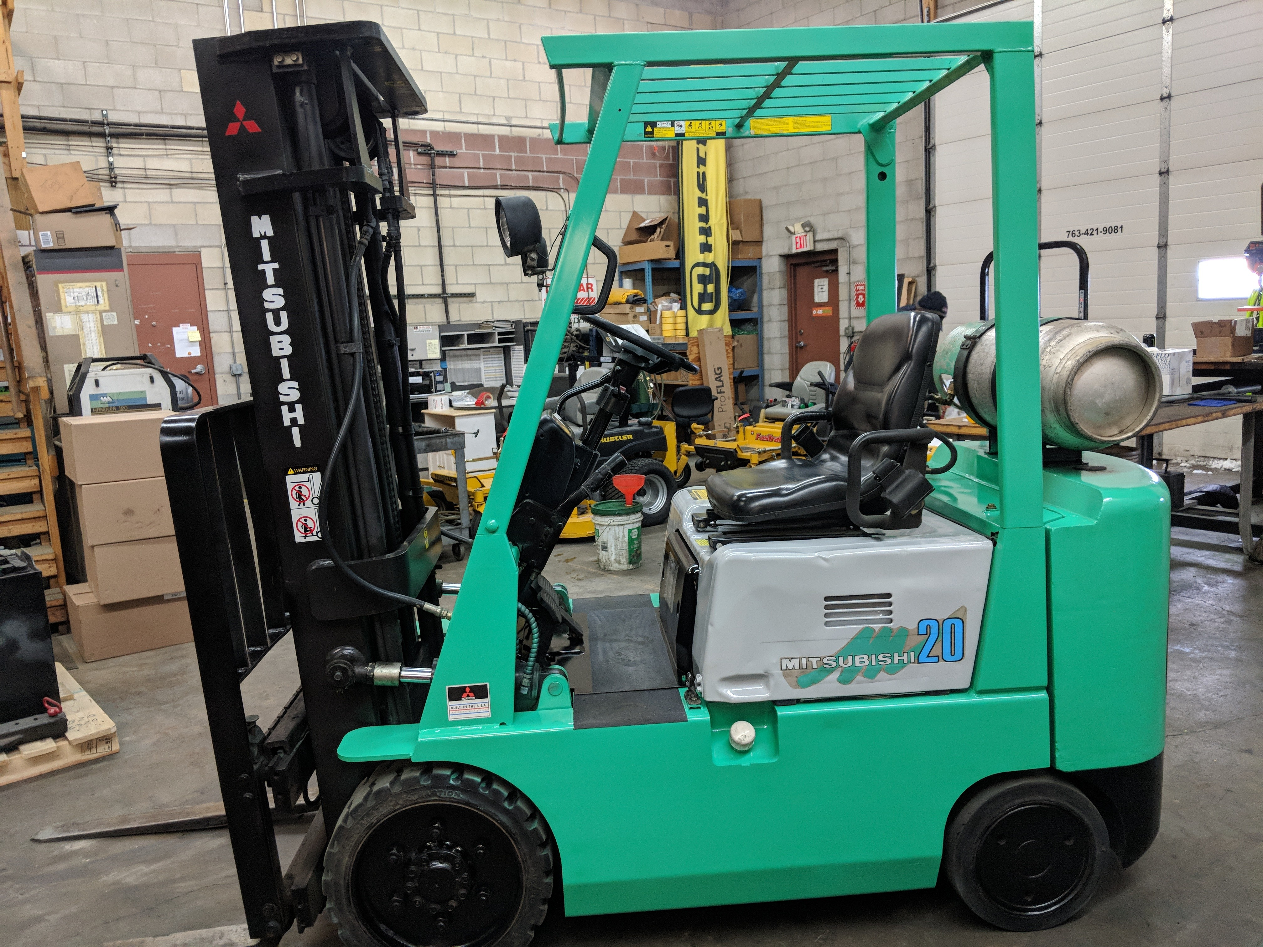 engine mitsubishi counterbalance to right forklifts product detail