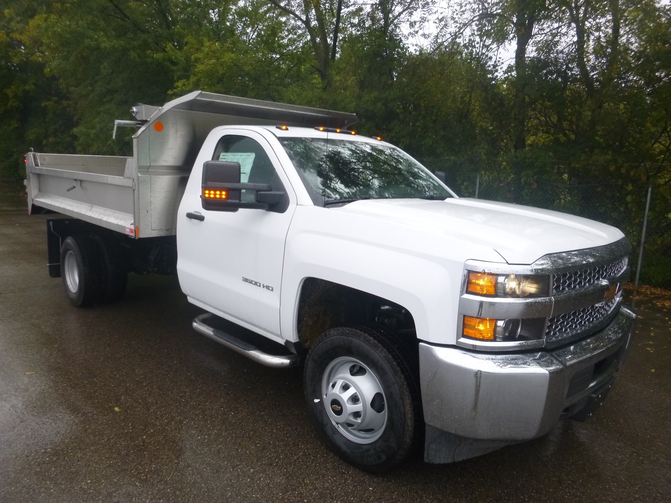 Fagan Truck Trailer Janesville Wisconsin Sells Isuzu