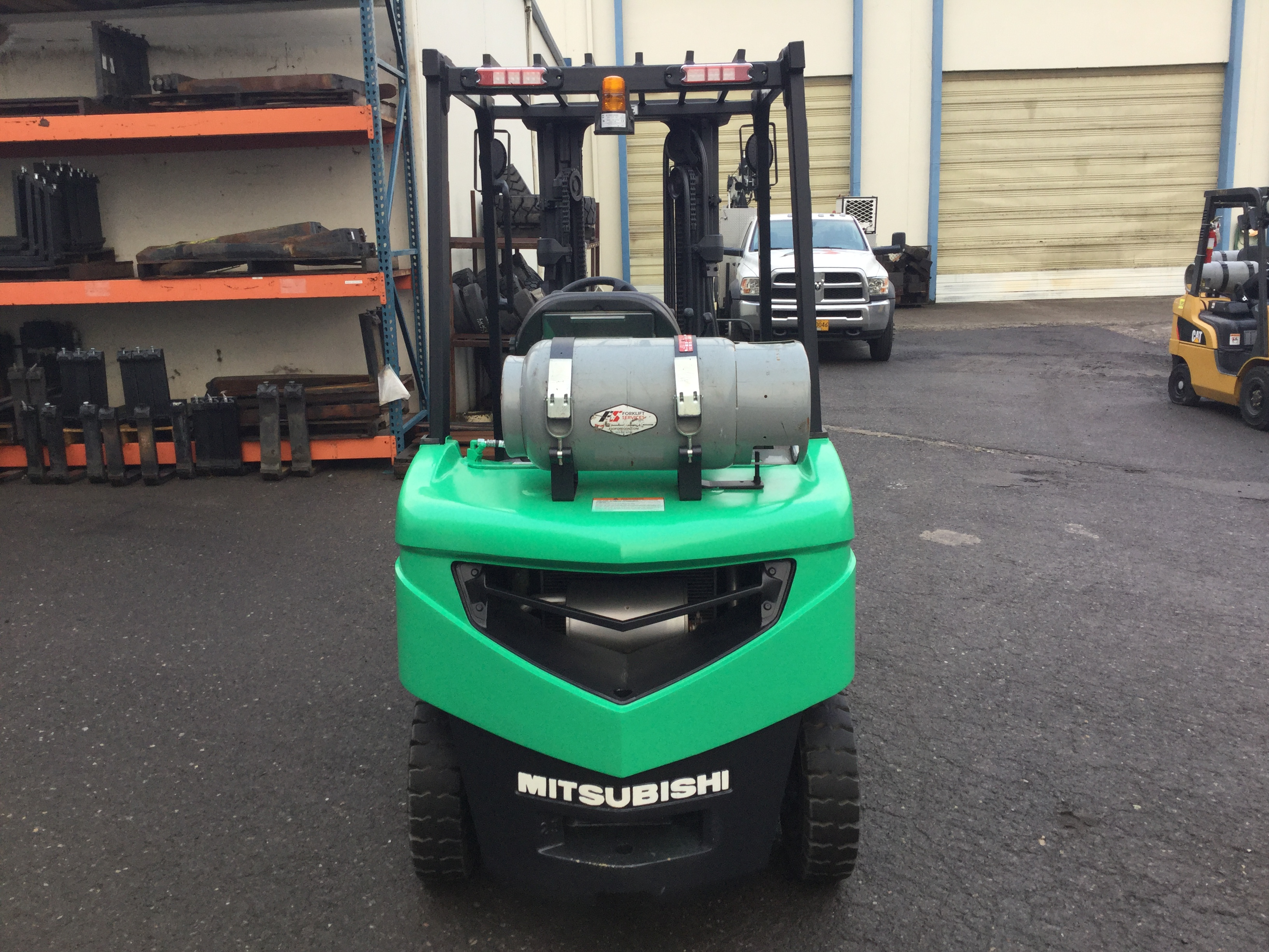 inc trucks forklifts industrial showroom showrooms and maintainco toyota mitsubishi lift equipment