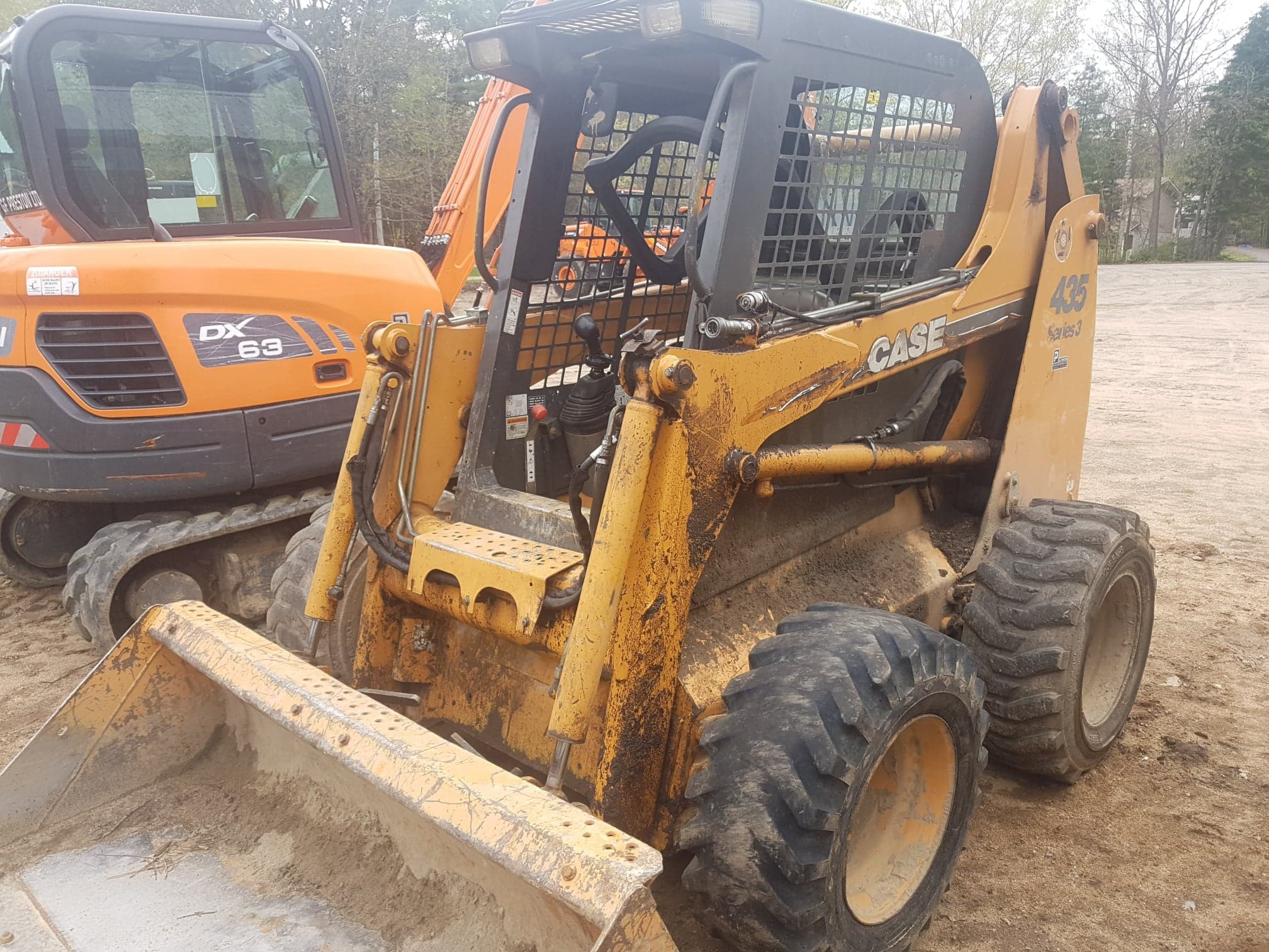 Construction Equipment Sales & Rentals Sundridge, Ontario: Loaders