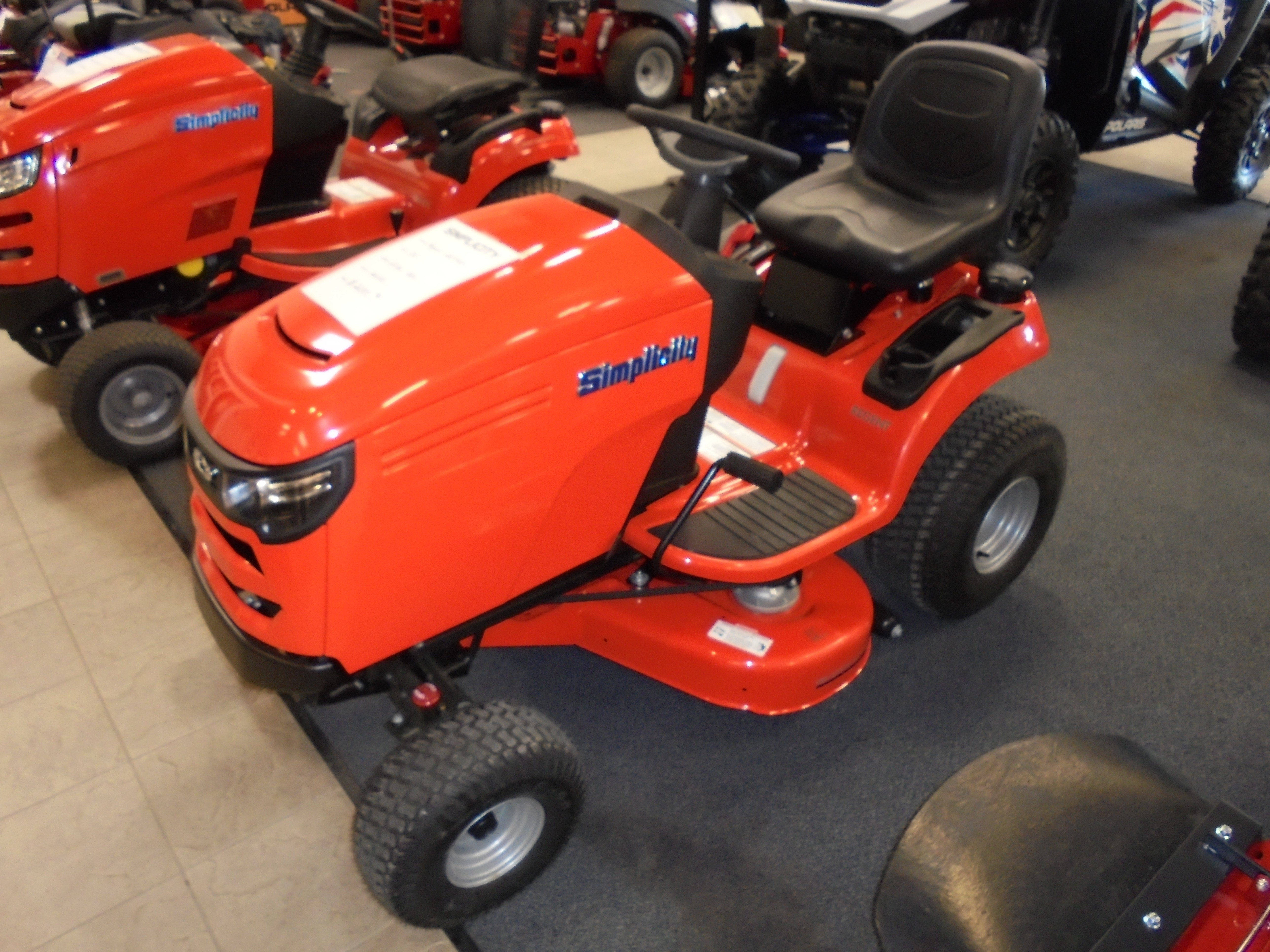 Gruett's Power Center, Polaris, Simplicity, Stihl, Massey