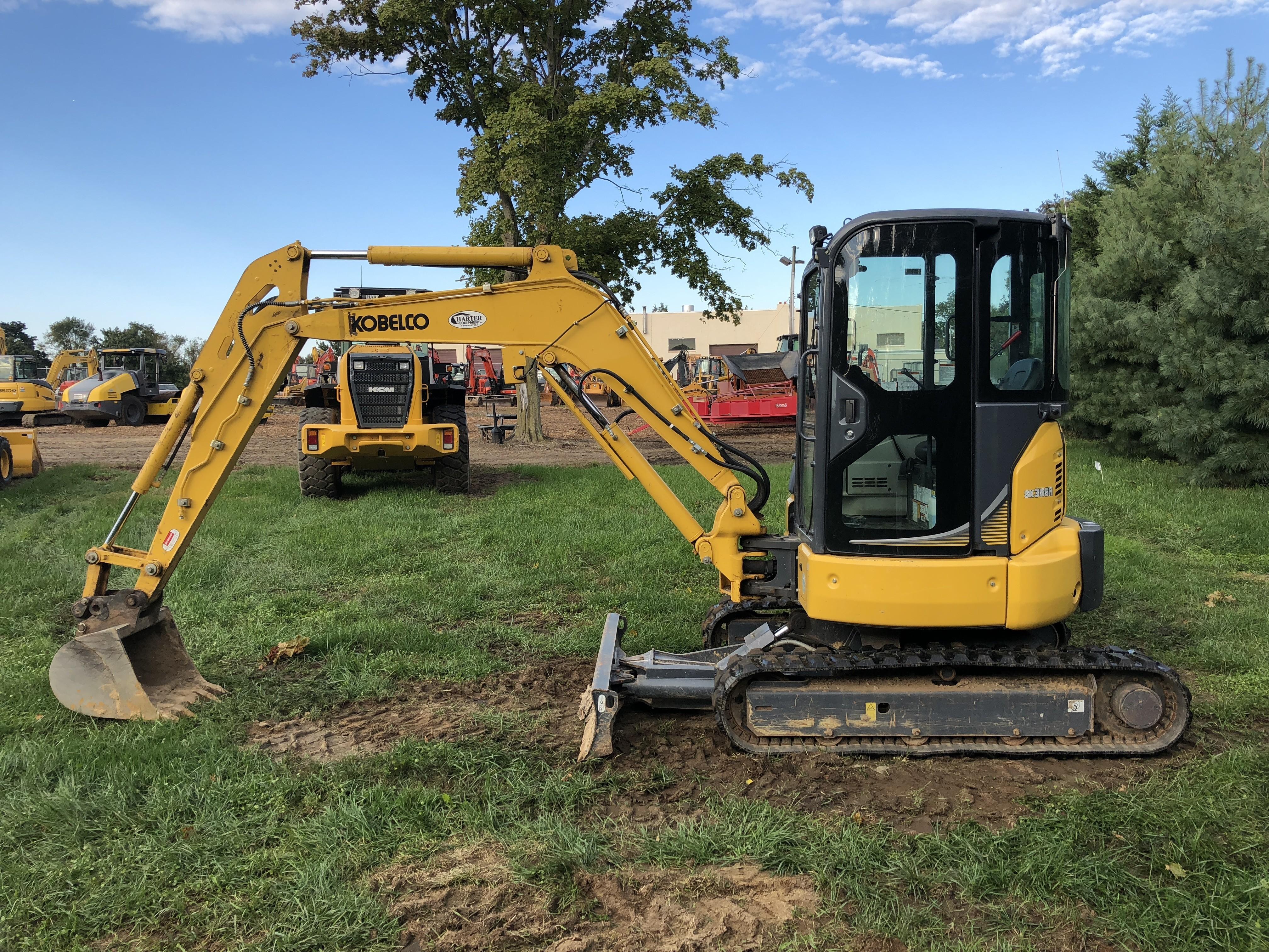 Used 2016 Kobelco SK35SR-6E Excavator in Millstone Township, NJ