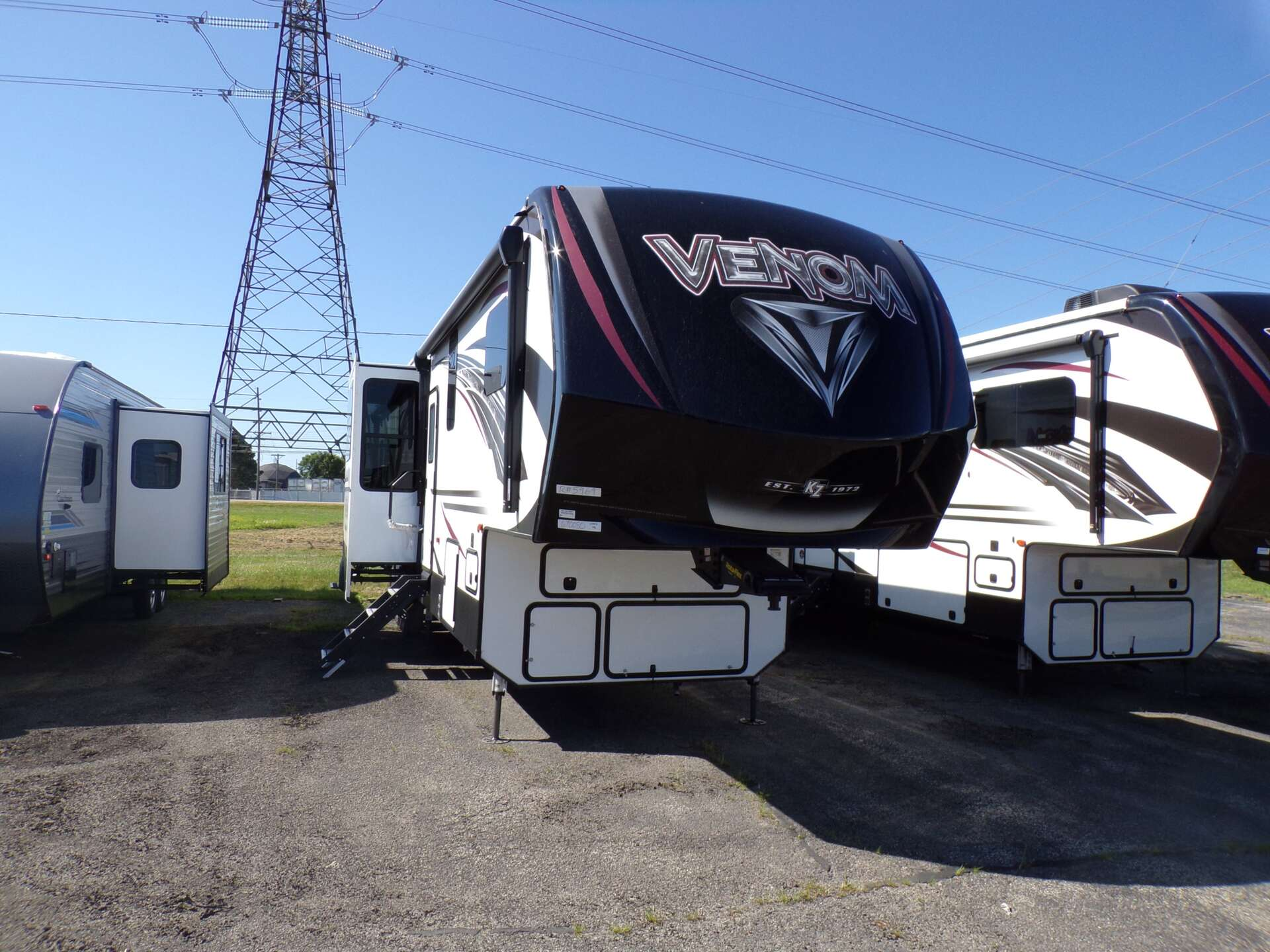 New 2019 KZ RV VENOM 4012TK in Rock Falls, IL
