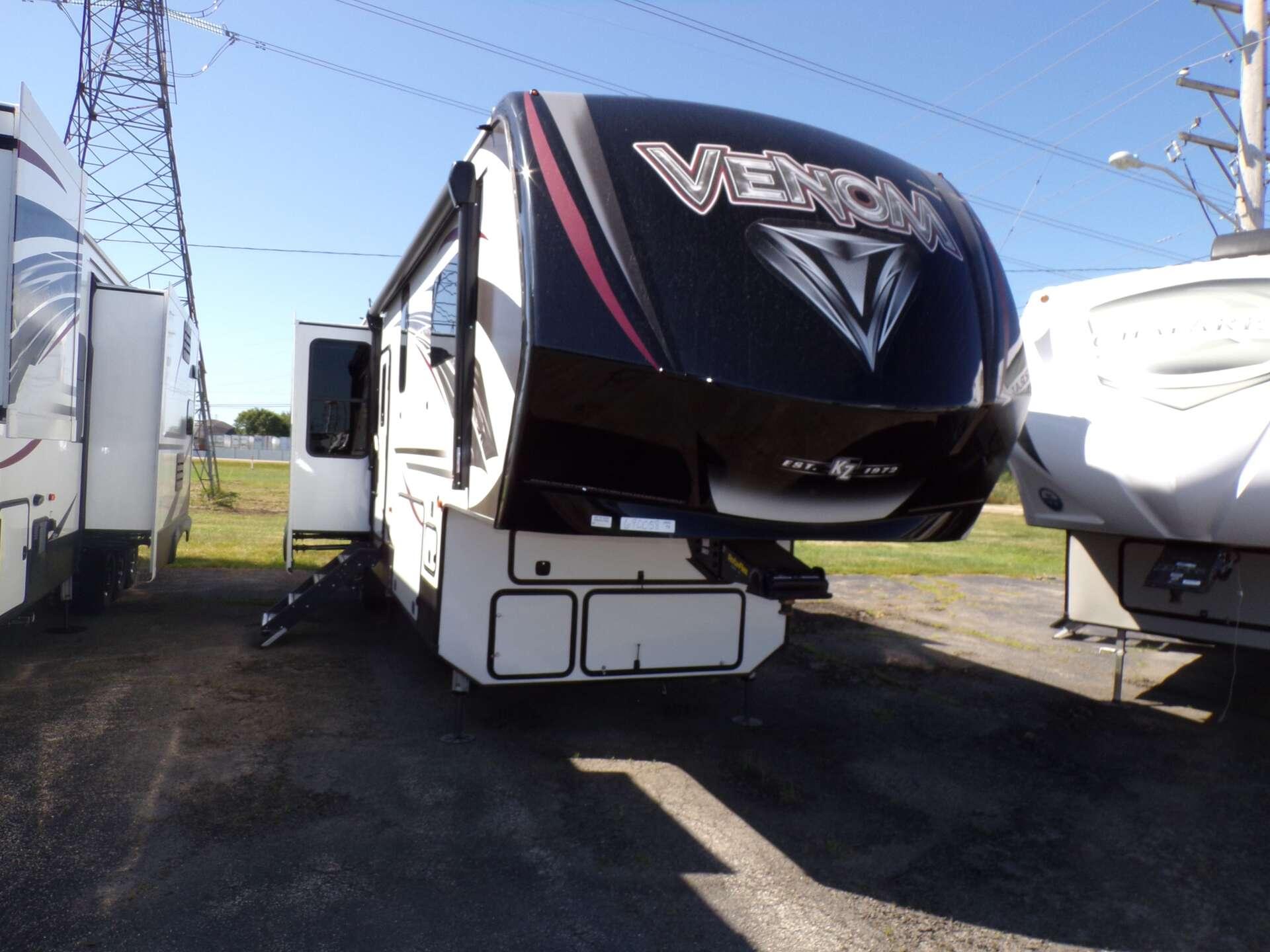 New 2019 KZ RV VENOM 4013TK in Rock Falls, IL