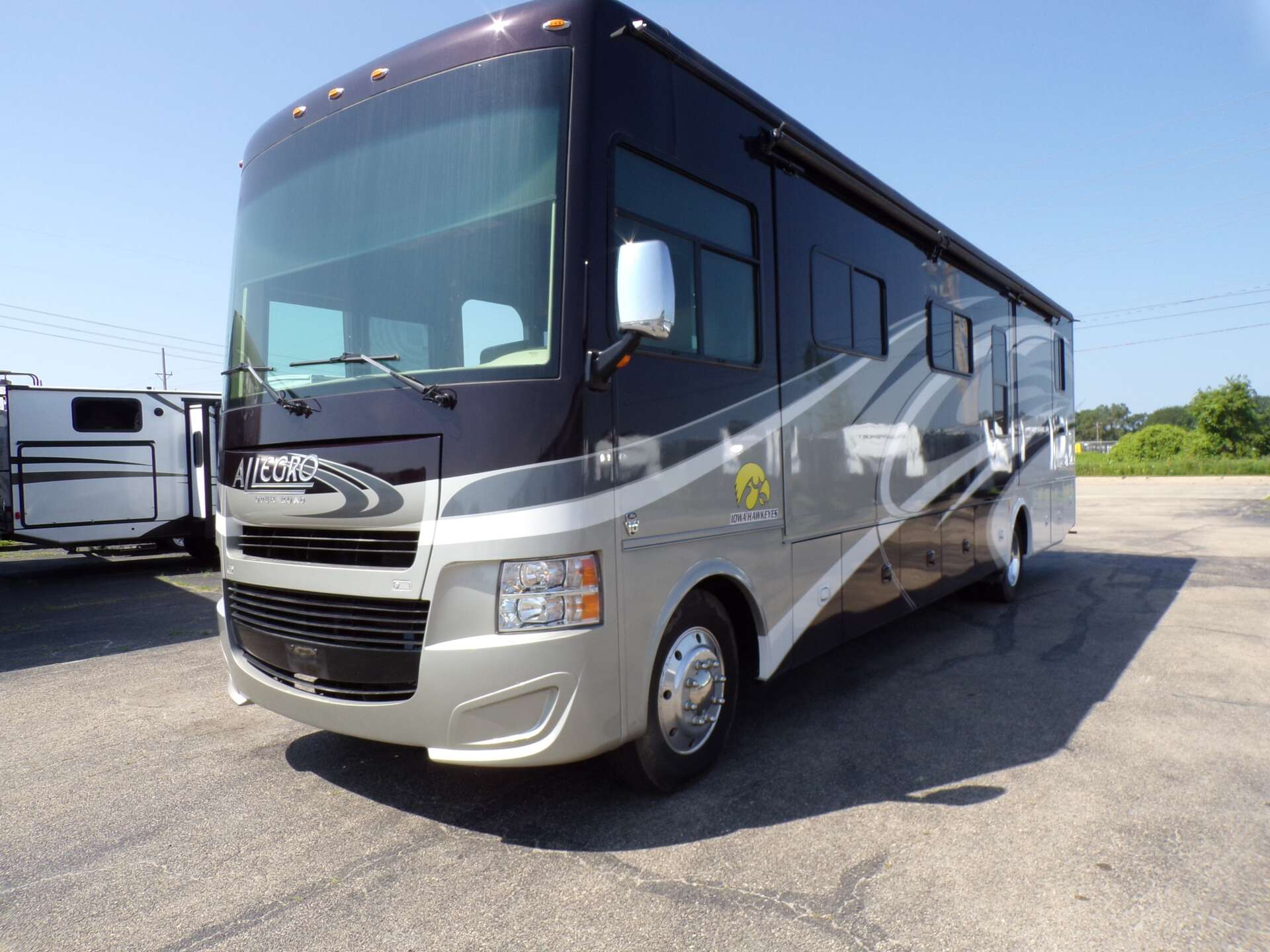 Used 2016 Tiffin Motorhomes Allegro 36 LA in Rock Falls, IL