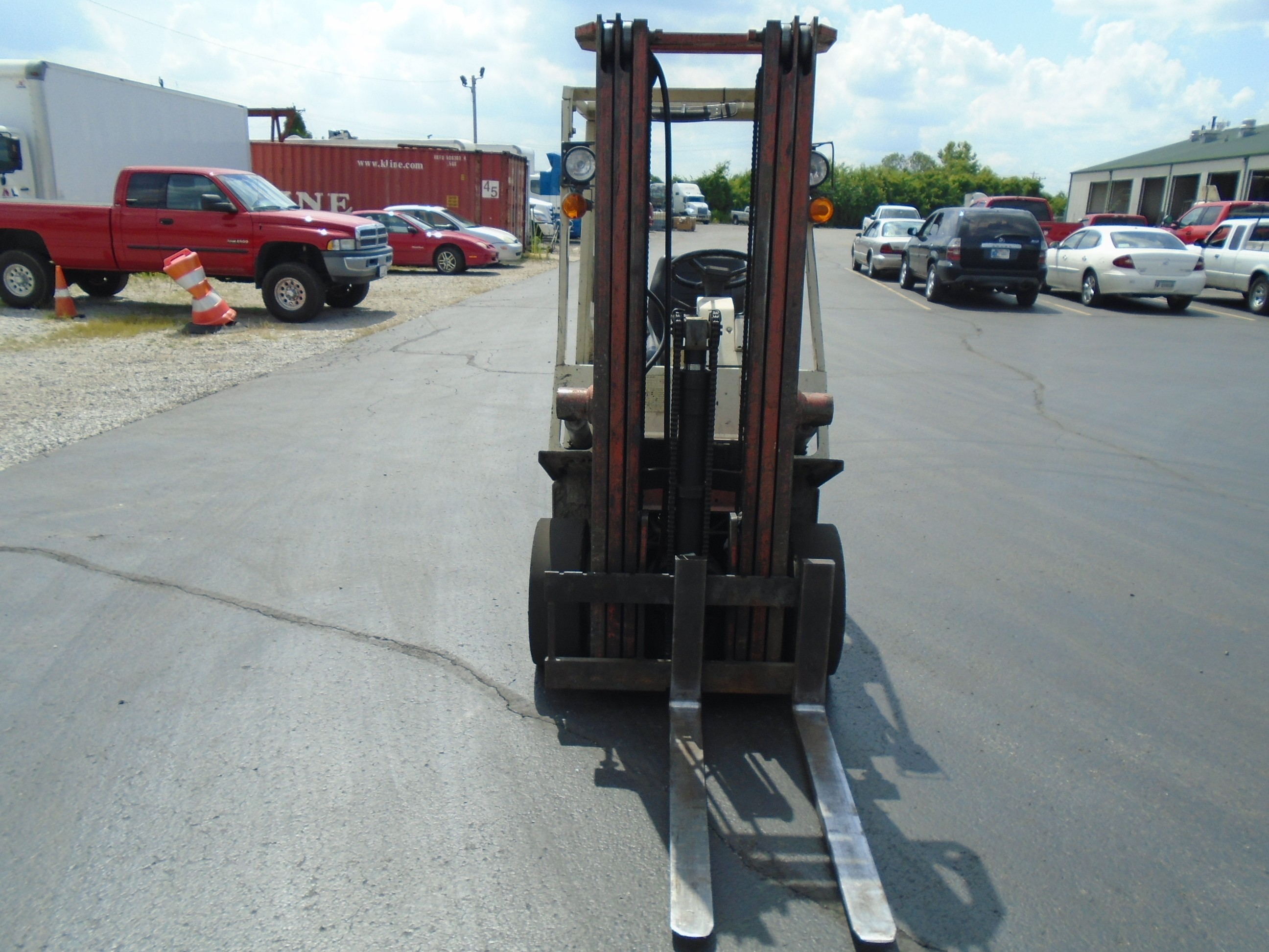 Used 1987 Nissan Forklift 30 in Clarksville, IN