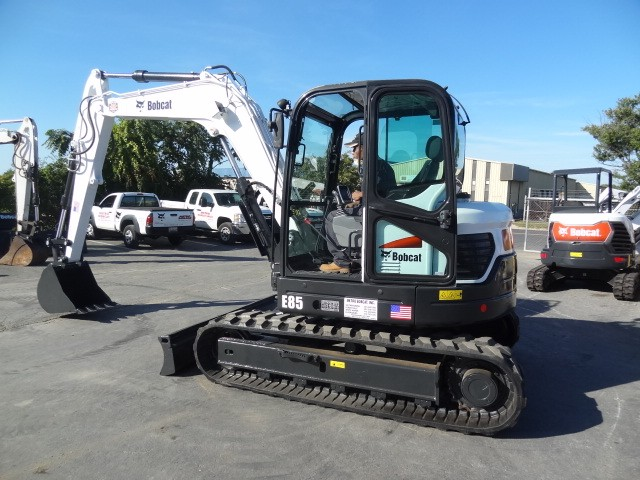 Used, 2016, Bobcat, E85 Excavator, Enclosed Cab w/Heat & AC, Excellent Condition, New Tracks, Only 1343 Hours, Excavators