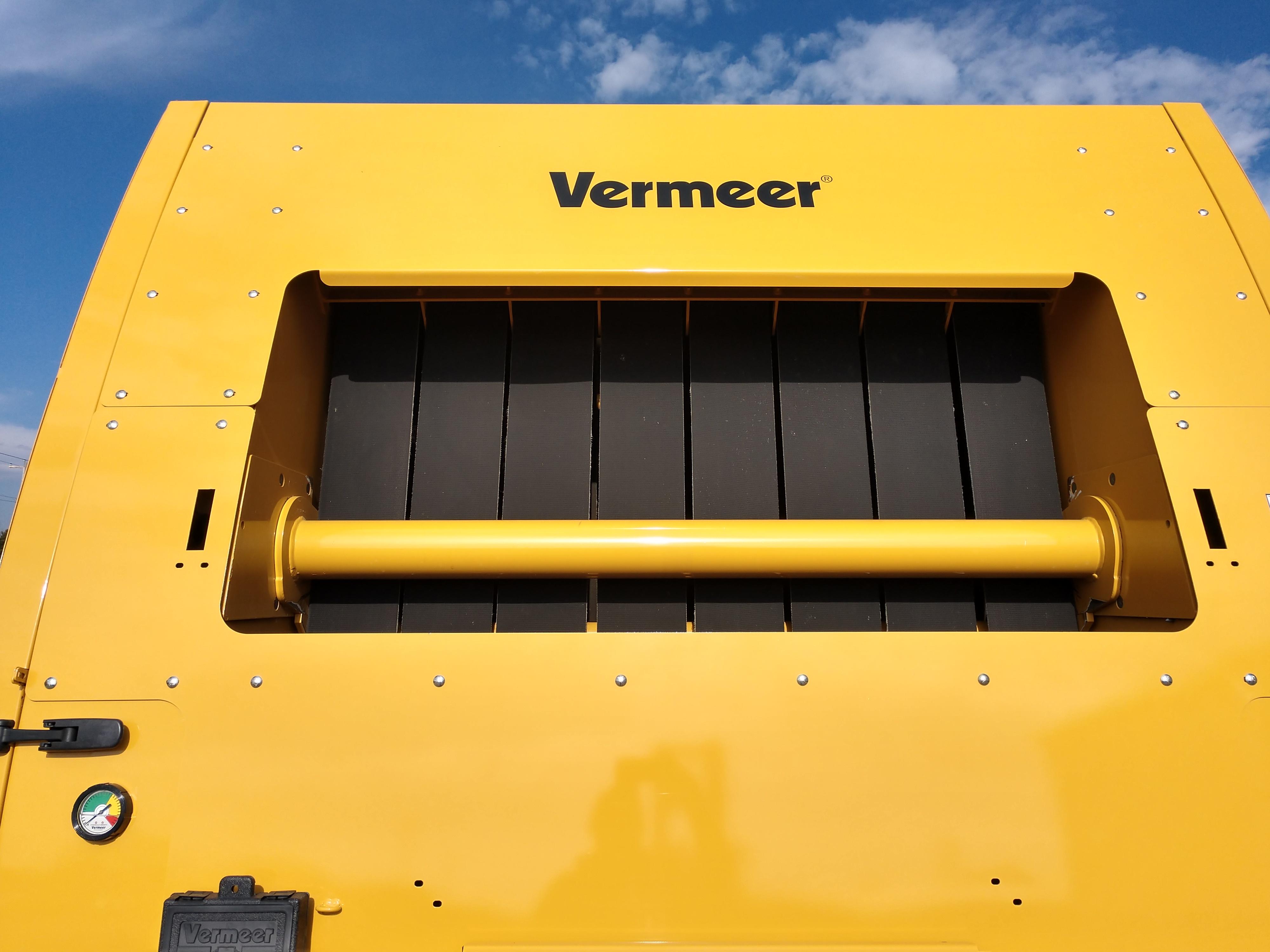2016 Vermeer 605N