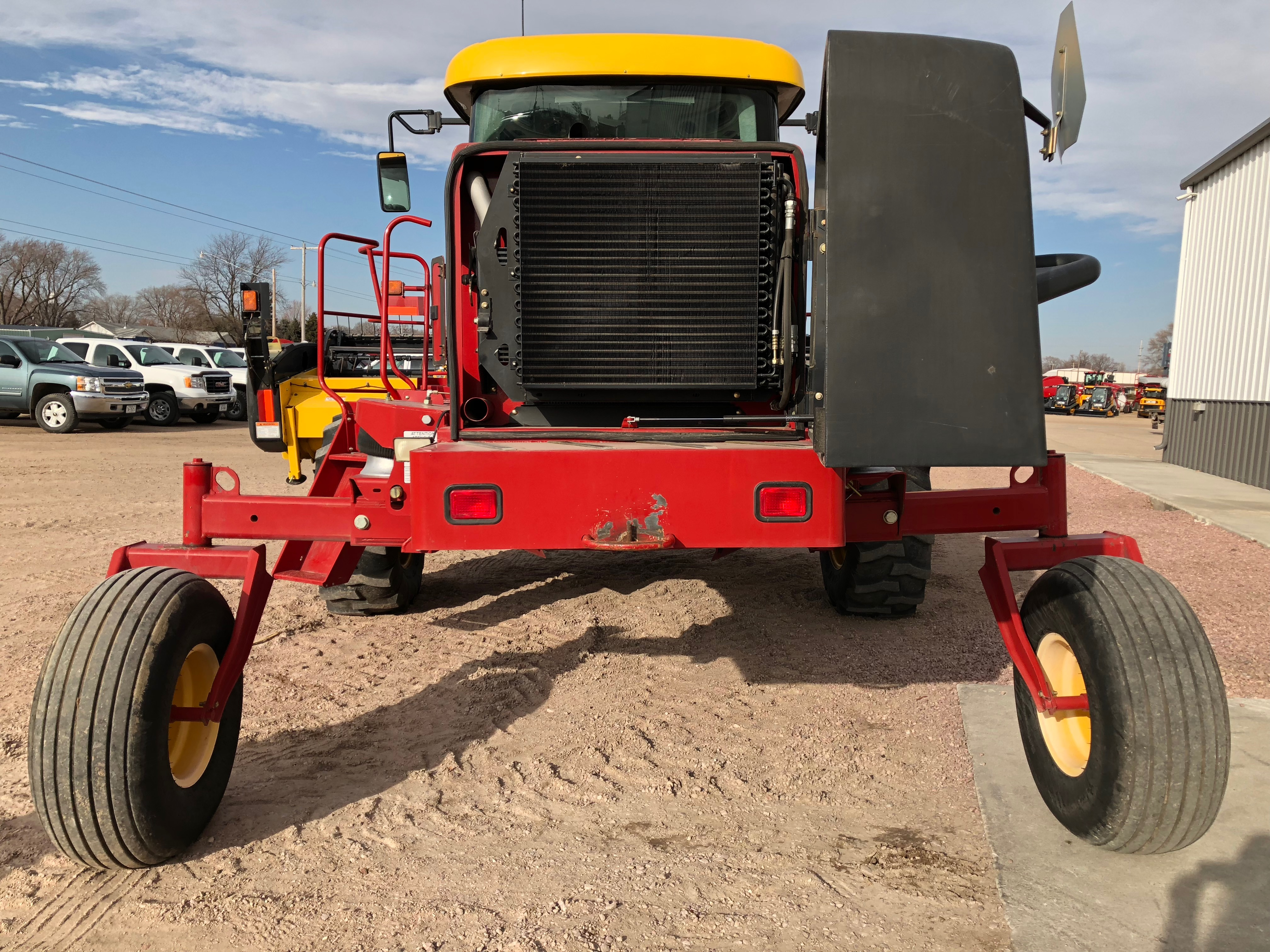 2011 New Holland Agriculture H8040
