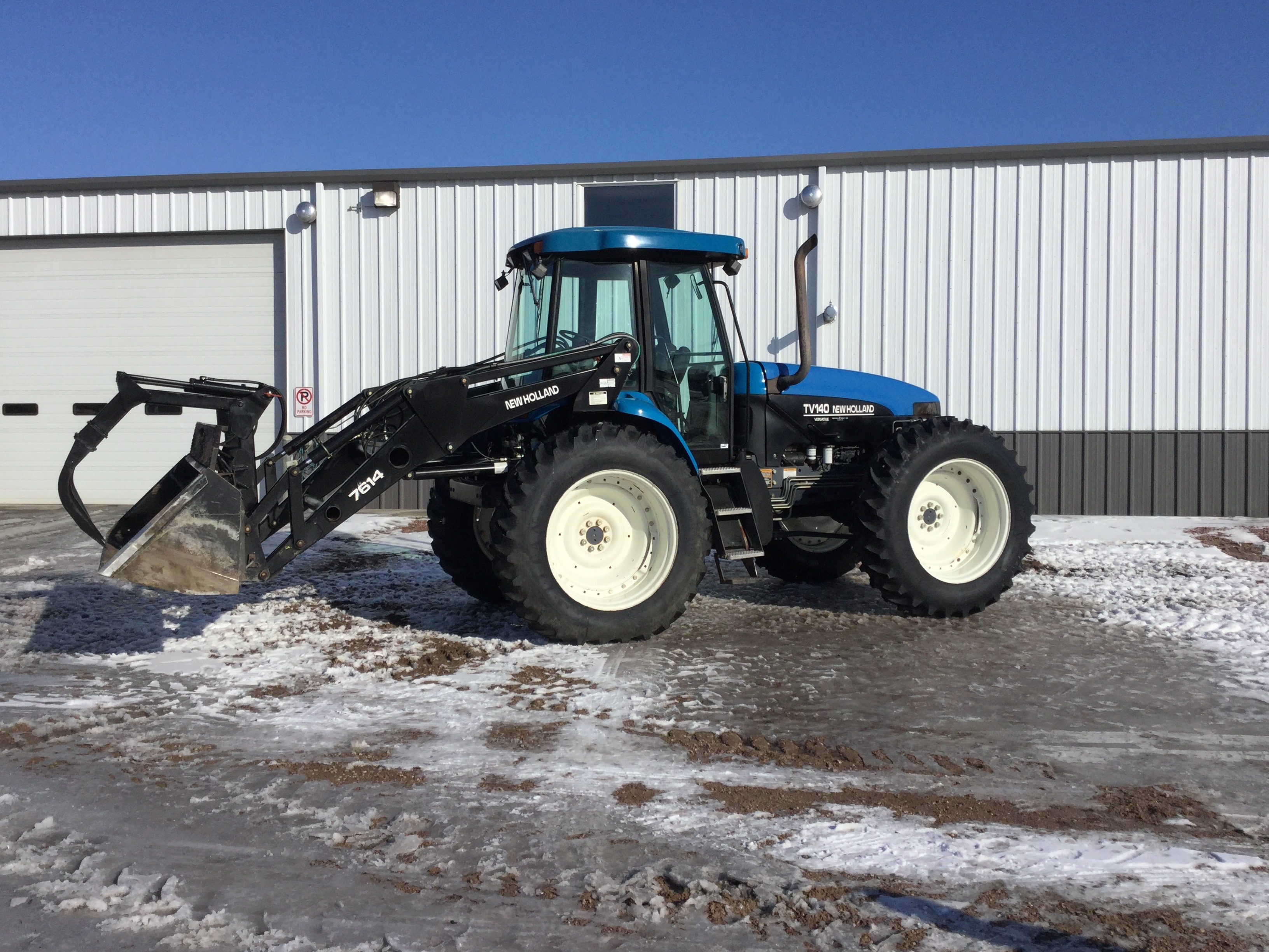 2002 New Holland Agriculture TV 140